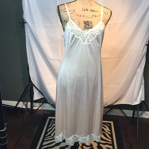 Vanity Fair Vintage Night Gown | Poshmark